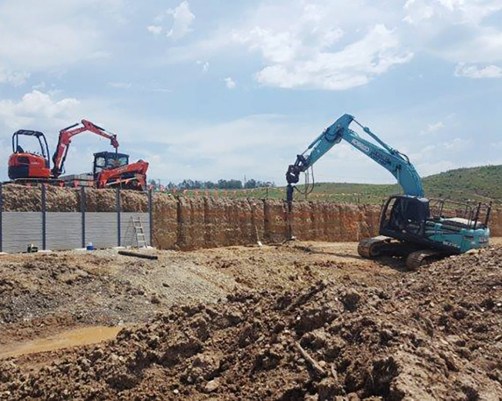 narangba earthmoving equipment and installation of concrete retaining wall installation project