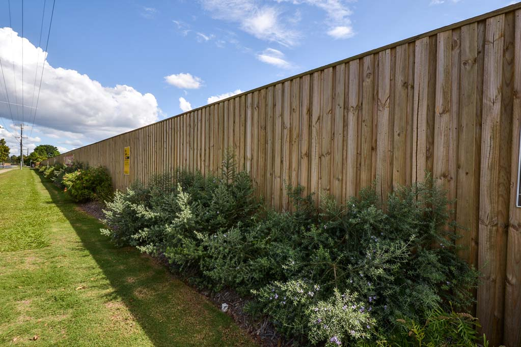 Urban Retaining Wall, Fencing and Landscaping project - timber fence and landscaping